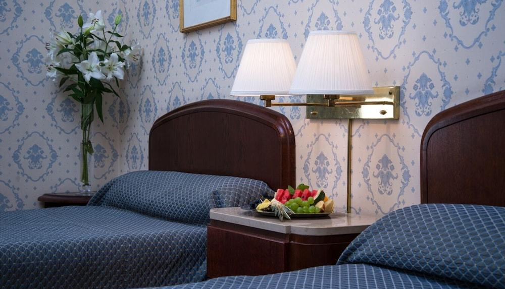 Grand Hotel Taipei  Wikipedia